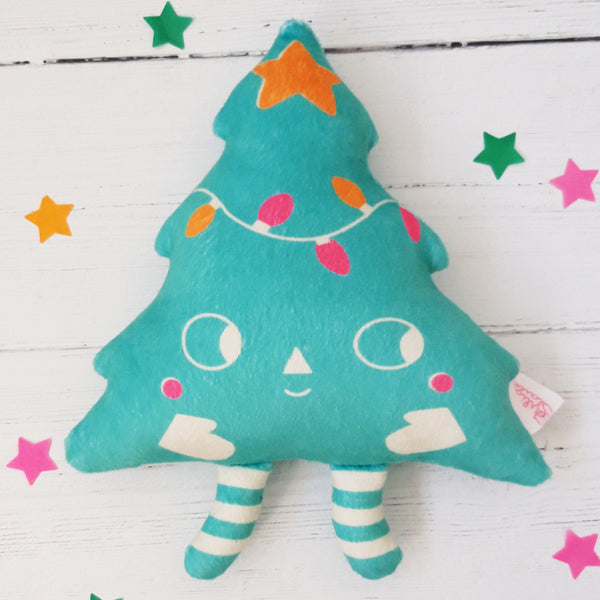 Cuddly Christmas Tree