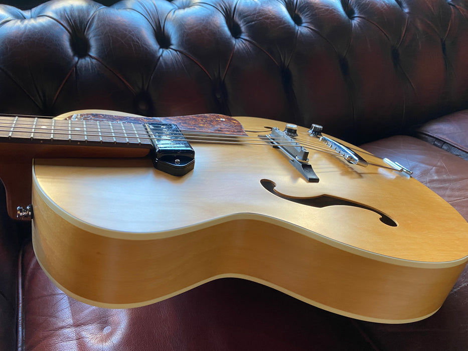Godin 5th Avenue Kingpin P90 Natural Semi Acoustic