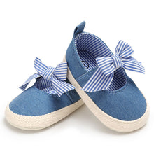 Load image into Gallery viewer, Soft Solid Striped Kids Shoes
