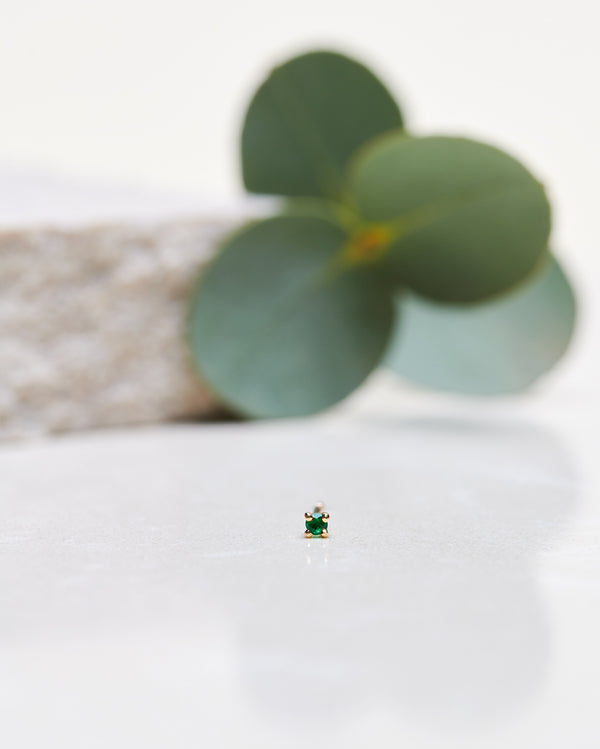Finished: Tiny Diamond Earpiece With Emerald