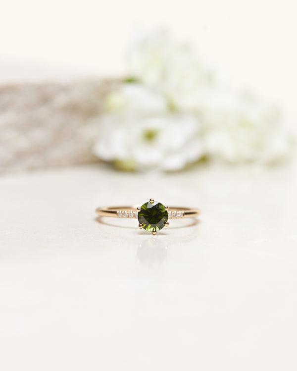 Finished: Green Tourmaline Solitaire with Little Diamond Sparkle