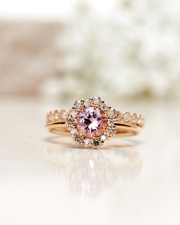 Flower Ring with Light Pink Morganite and a halo of Champagne Diamonds and Diamonds (1.48 CT)