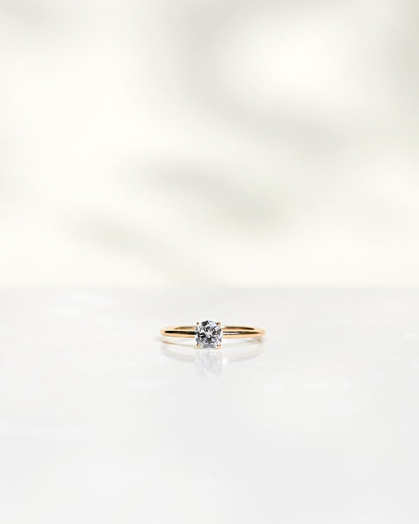 Low Classic Solitaire 0.50 CT