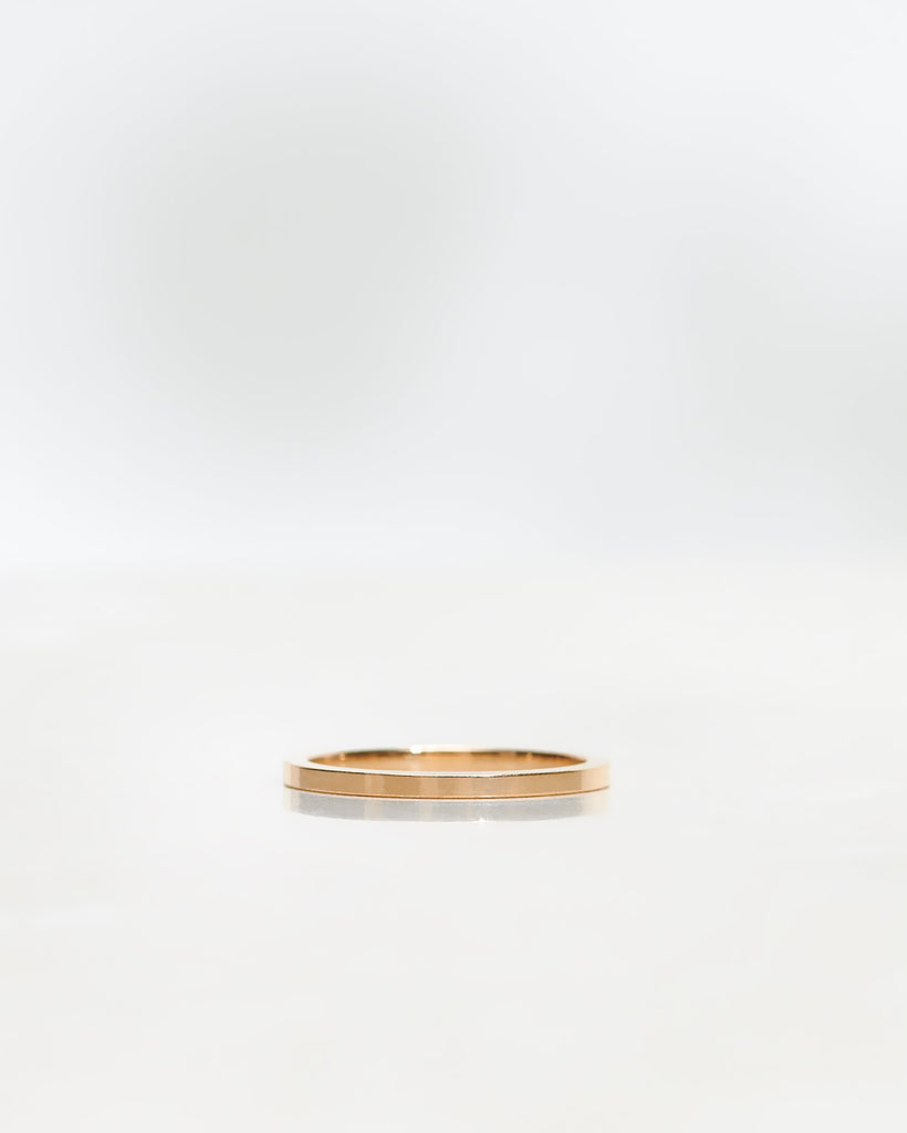 Plain Squared Gold Band 1.5 mm