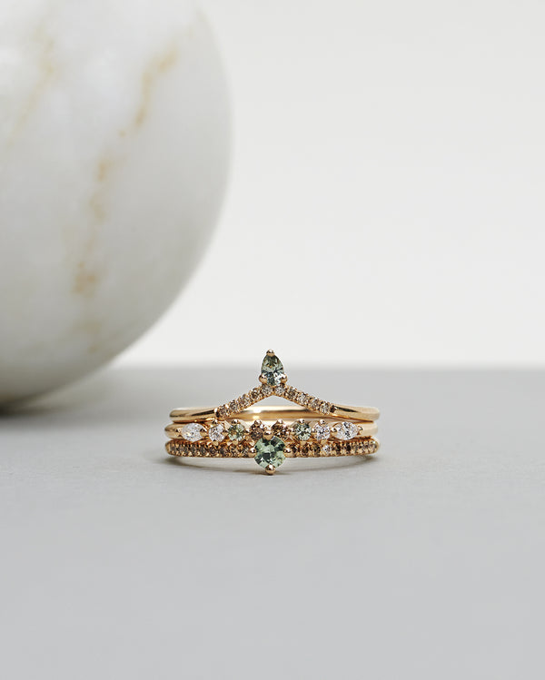 Start bidding: Not So Tiny Sparkle Ring with an Olive Green Sapphire, Chocolate Diamonds and a Diamond TWVS