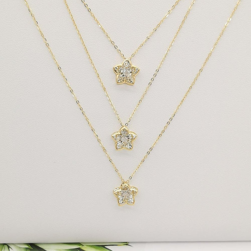 18K Yellow Gold Dancing Flower Natural Diamond Pendant