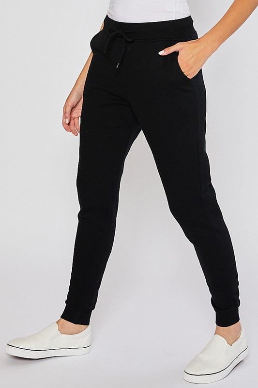 Relaxed Fit Jogger - Black - OWN YOUR ELEGANCE