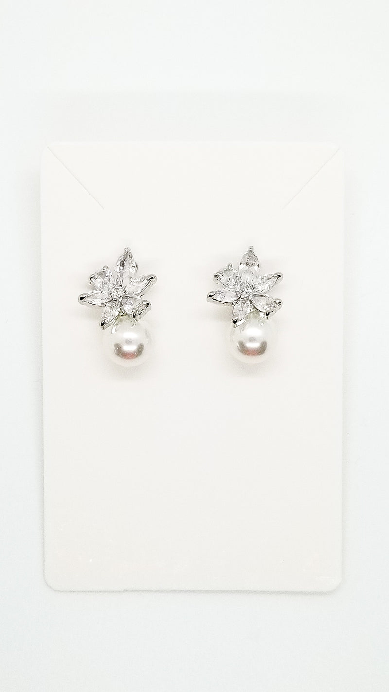 Harper Earrings - OWN YOUR ELEGANCE