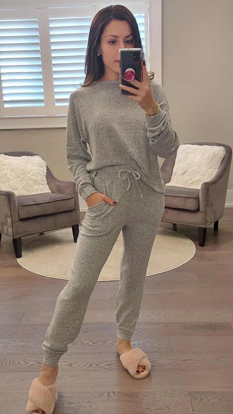 Grey Lounge Set - Top & Joggers - OWN YOUR ELEGANCE
