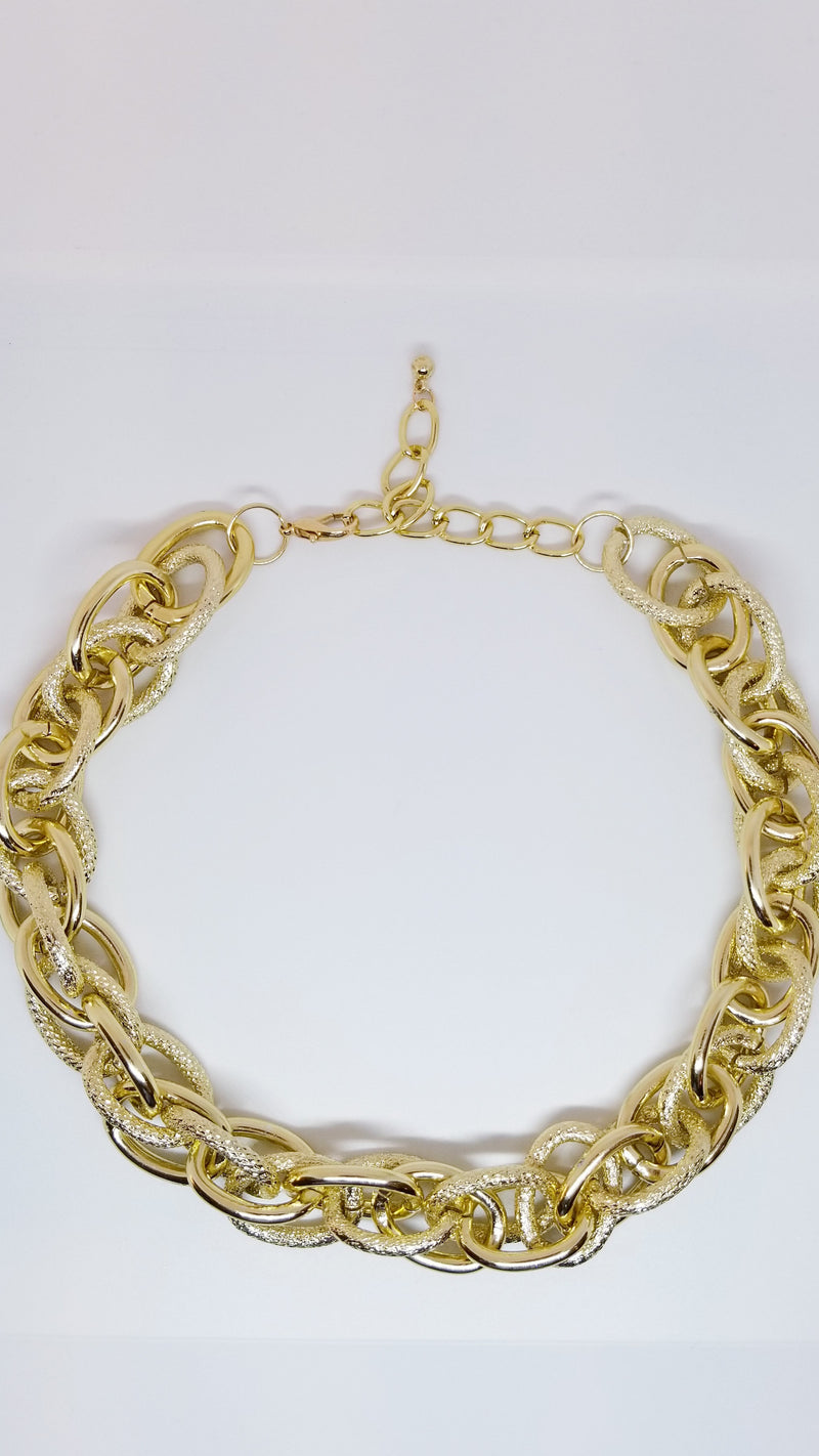 Double Twist Chain Necklace.