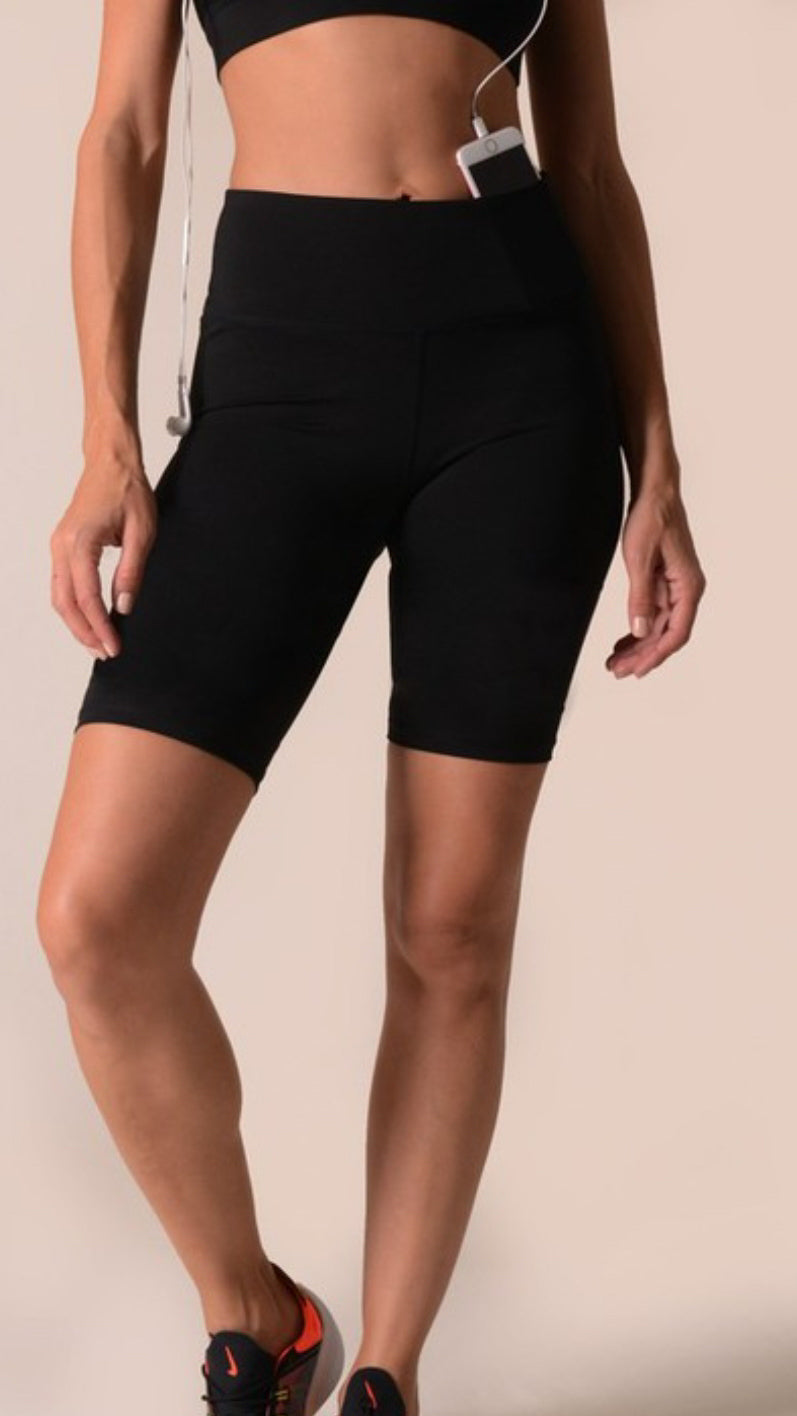 Fit Shorts - OWN YOUR ELEGANCE