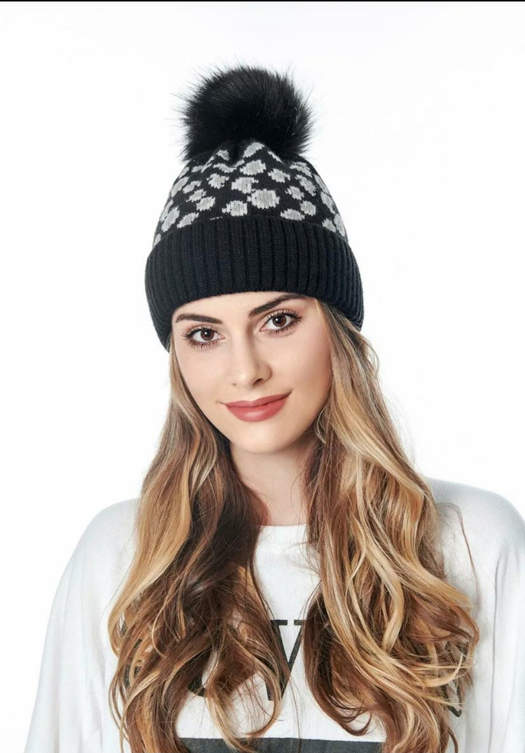 Adult Leopard Beanie - Black - OWN YOUR ELEGANCE