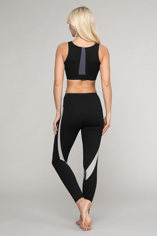 Stripe Curve Sports Bra - OWN YOUR ELEGANCE