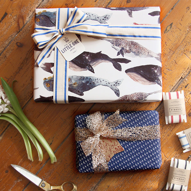 Double sided gift wrap - Anchors / Whales
