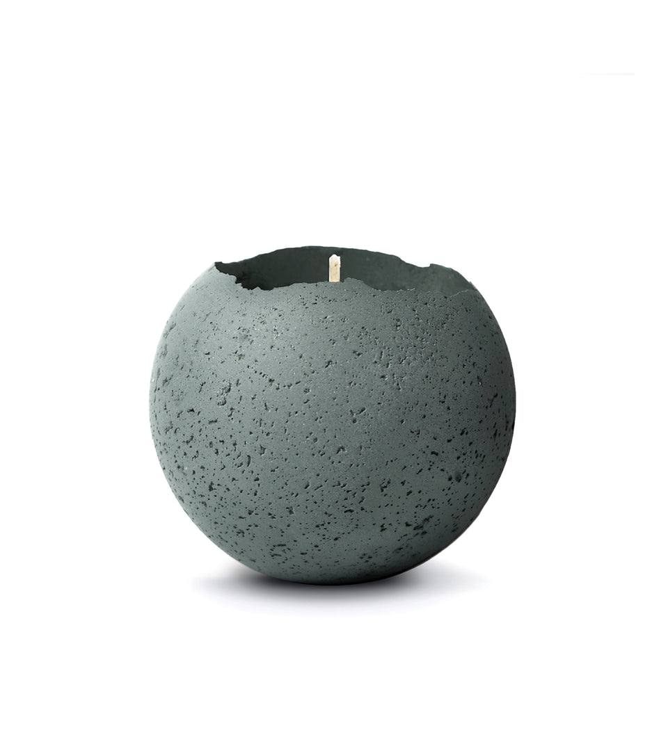 L - Orbis Concrete Candle - Evergreen