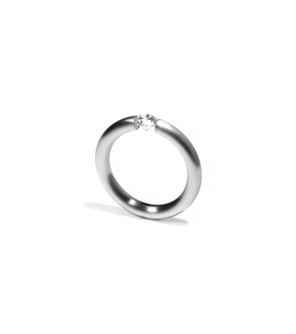 KMr159d Facet Engagement Ring