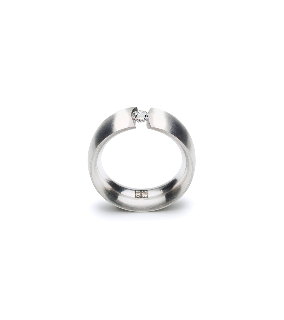KMr177d Facet Engagement Ring