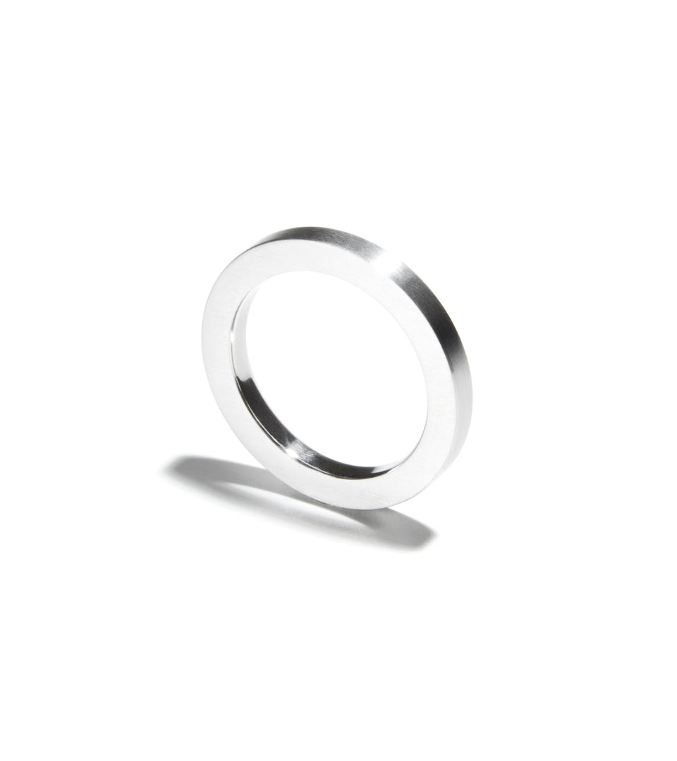 KMr161 Union Wedding Ring