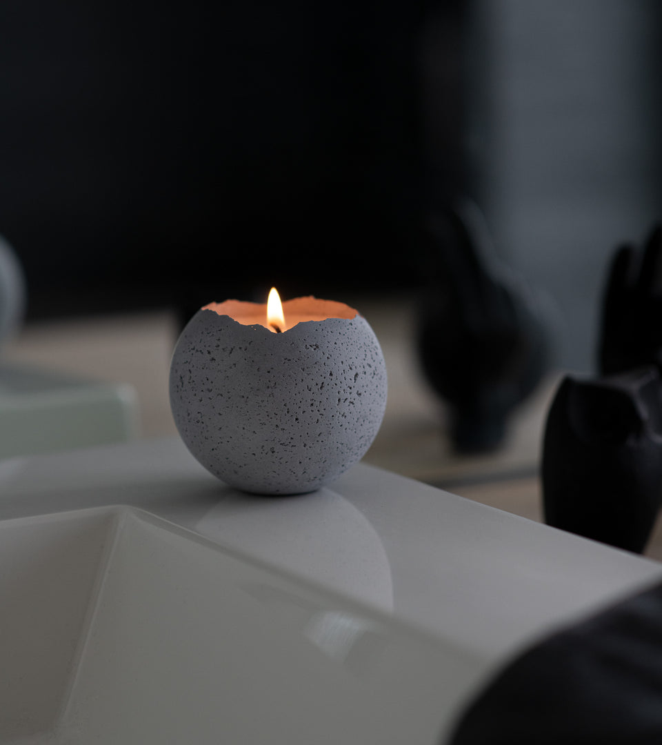 L - Orbis Concrete Candle - Natural