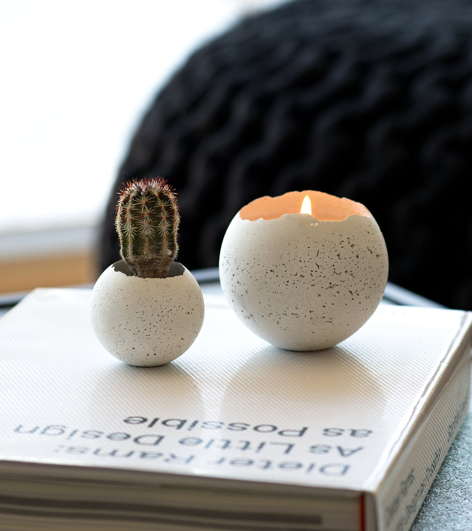 L - Orbis Concrete Candle - White