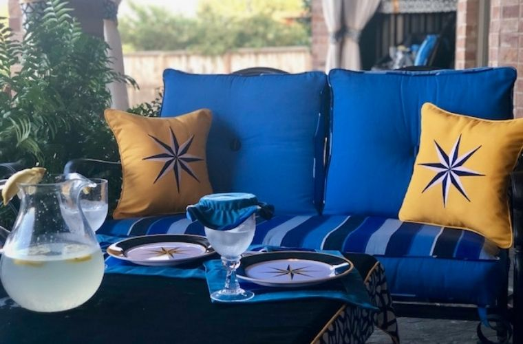 Outdoor dining, Sunbrella fabric, Riviera Outdoor Decor, Port Aransas, Texas