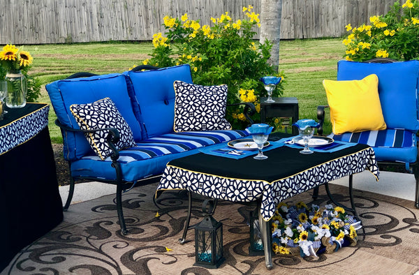 Outdoor dining, place-mats, outdoor tablecloth all with Sunbrella fabric, Riviera Outdoor Decor, Corpus Christi, Texas