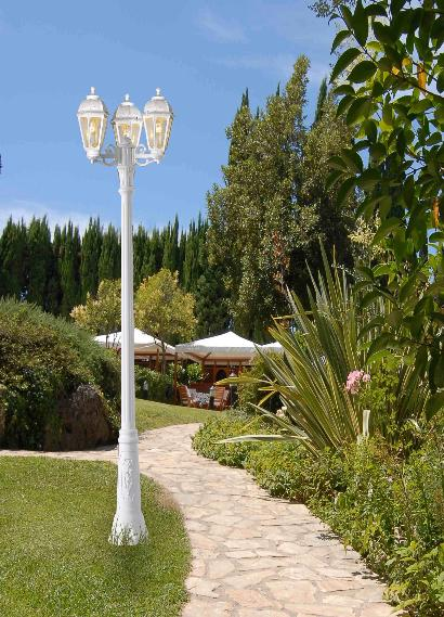 Fumagalli Gigi Bisso Saba Lamp Post Garden Light