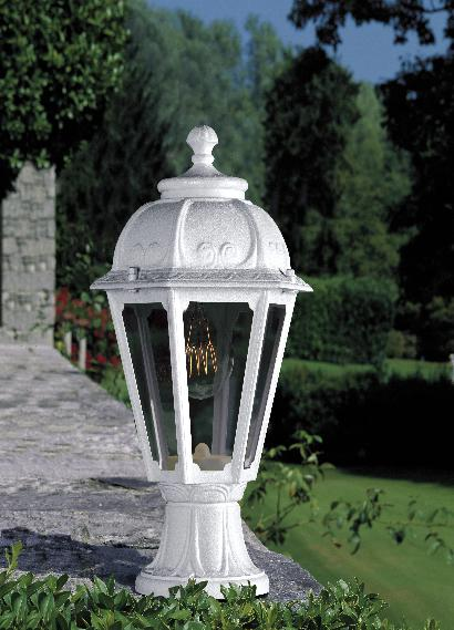 Minilot Saba Outdoor Pedestal Light