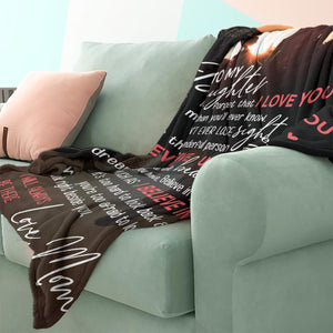 RN2809 - Look Right Beside You - Blanket