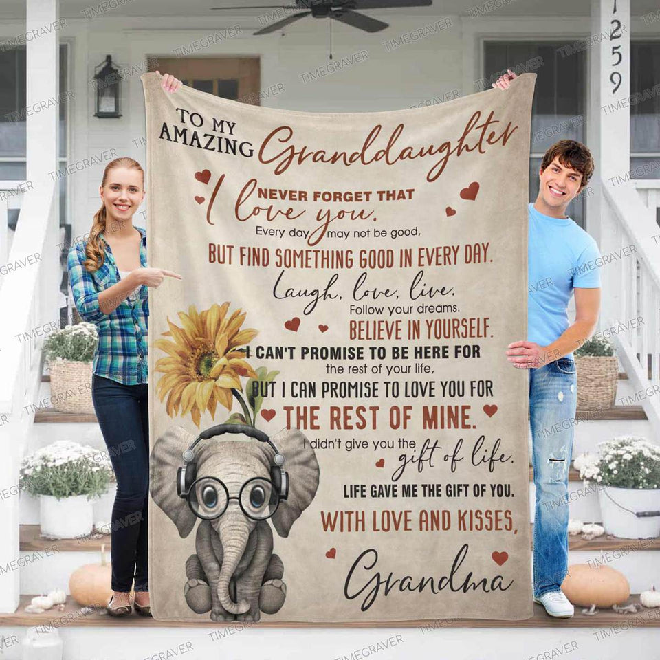 RN2777 - My Amazing Granddaughter - Blanket