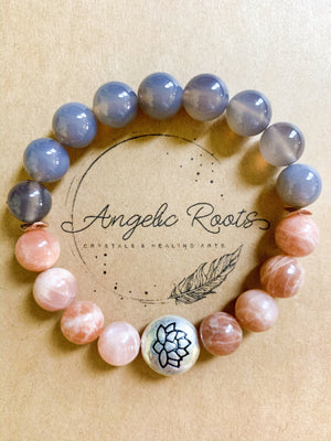 Gray Agate & Peach Moonstone 10mm Beaded Bracelet || Reiki Infused