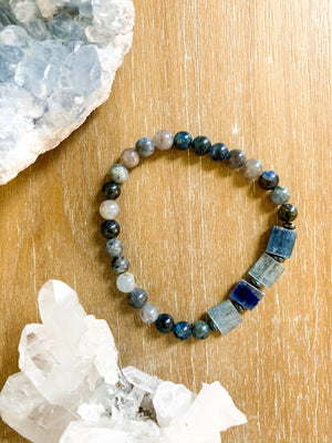 Kyanite Beaded Bracelet || Reiki Infused
