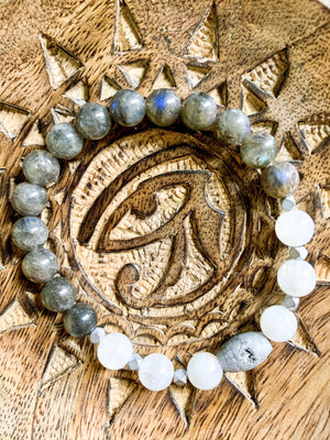 Moonstone, Labradorite, & Druzy Quartz Beaded Bracelet || Reiki Infused