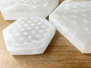 Engraved Selenite Hexagon Charging PlateEngraved Selenite Hexagon Charging Plate