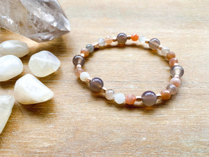 Moonstone & Chalcedoony Beaded Bracelet