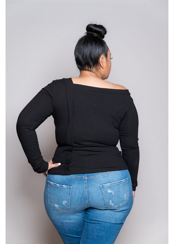 *Hard To Resist Top | Curvy