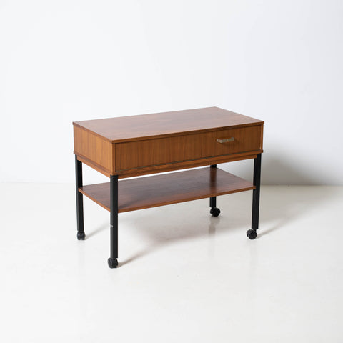 MID CENTURY MODERN SIDETABLE ON WHEELS