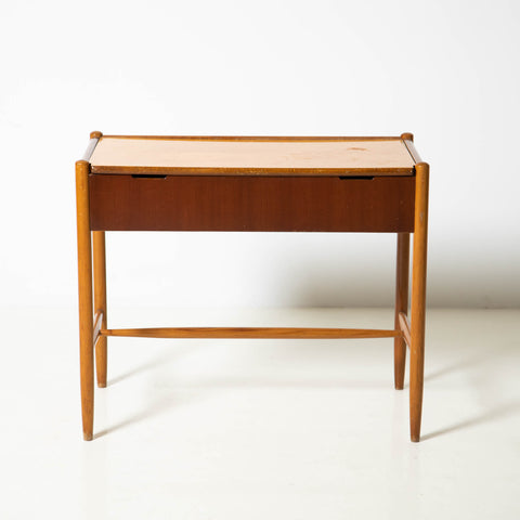 MODERNIST VANITY TABLE WITH FOLDABLE TOP