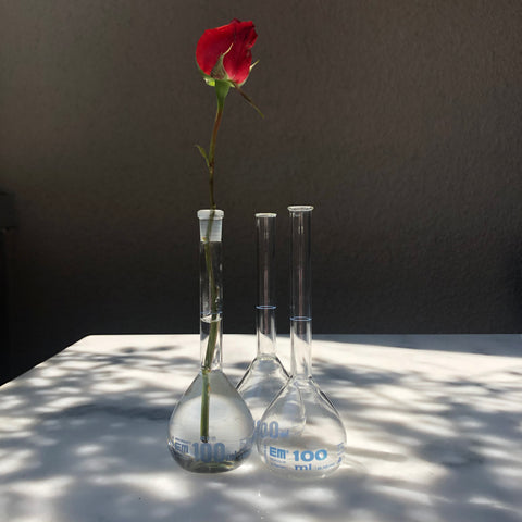 SMALL CHEMISTRY VESSEL / LABORATORY GLASSWARE