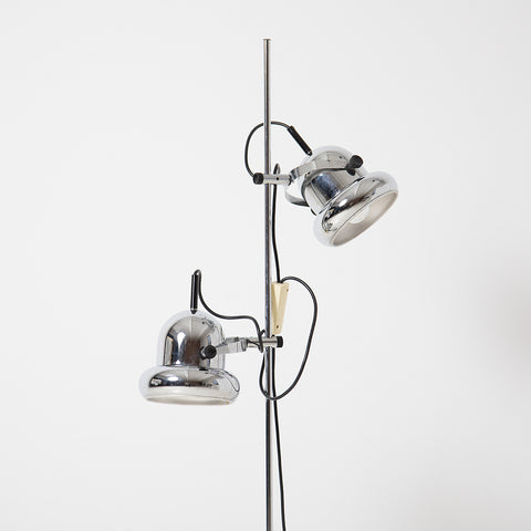 CHROME FLOOR LAMP WITH 2 BELL SHAPED SAHDES