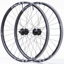 Load image into Gallery viewer, TRS Race Carbon Trail Wheel/Tire Bundle