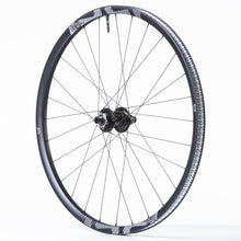 Load image into Gallery viewer, TRS Race Carbon Trail Wheel / 3-Tire / Sealant Bundle