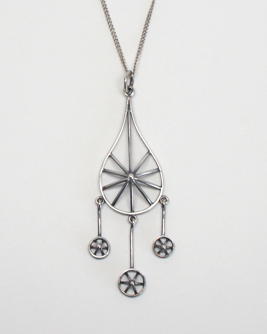 Finland Silver Kinetic Pendant Necklace