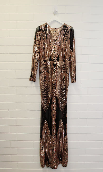 Black mesh gown with gold sequin (long sleeve) STORE