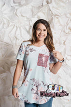 Load image into Gallery viewer, Sequin Pocket Floral Tee