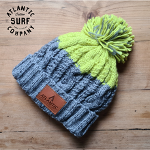 Load image into Gallery viewer, Apres Beanie - Light Grey/Citron