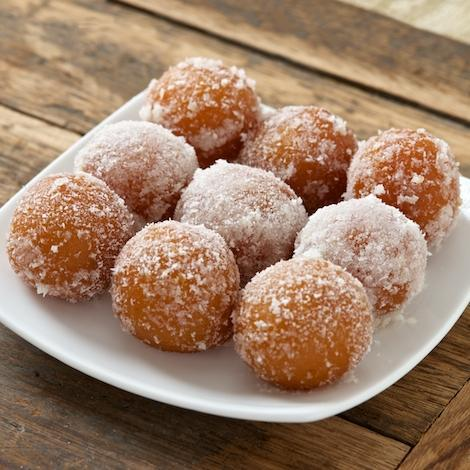 Gulab Jamun With Coconut