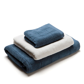 JACQUARD TOWEL  <br>(Face Towel / White)