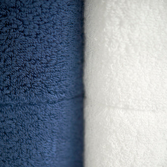 JACQUARD TOWEL  <br>(Bath Towel / White)