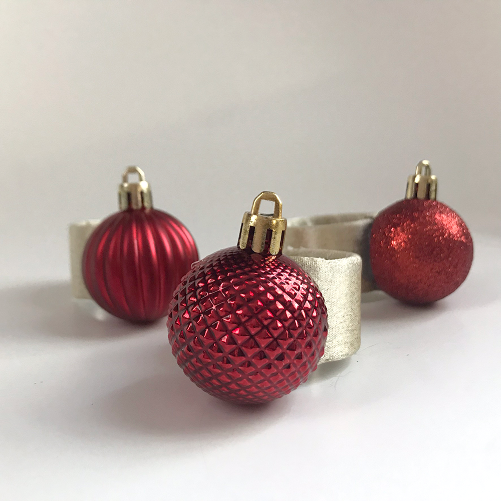 Red Ornament Napkin Rings (Set of 6)